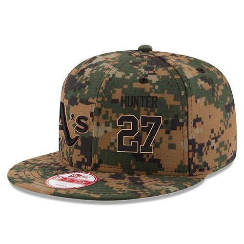 MLB Men's Oakland Athletics #27 Catfish Hunter New Era Digital Camo 2016 Memorial Day 9FIFTY Snapback Adjustable Hat
